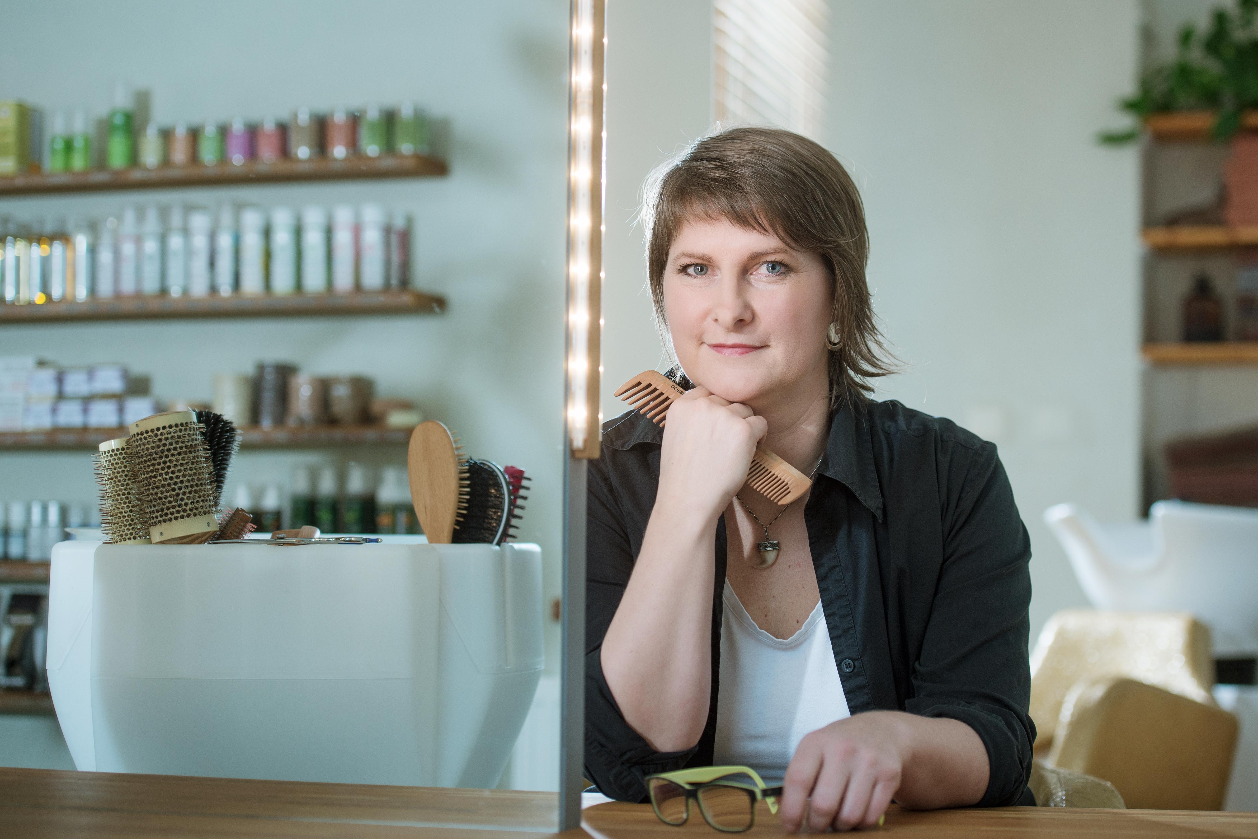 Haaro Naturo české přírodní no-poo šampony na vlasy